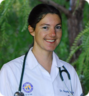Dr. Sophie Steele has been a practicing veterinarian for 10 years and received her veterinary degree from UC Davis. At our veterinary hospital in San Diego, she works with dogs, cats, and all pets.